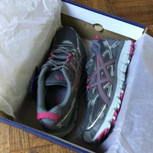 NEW ASICS Womens 3 Trail Running Sz 6/ 12