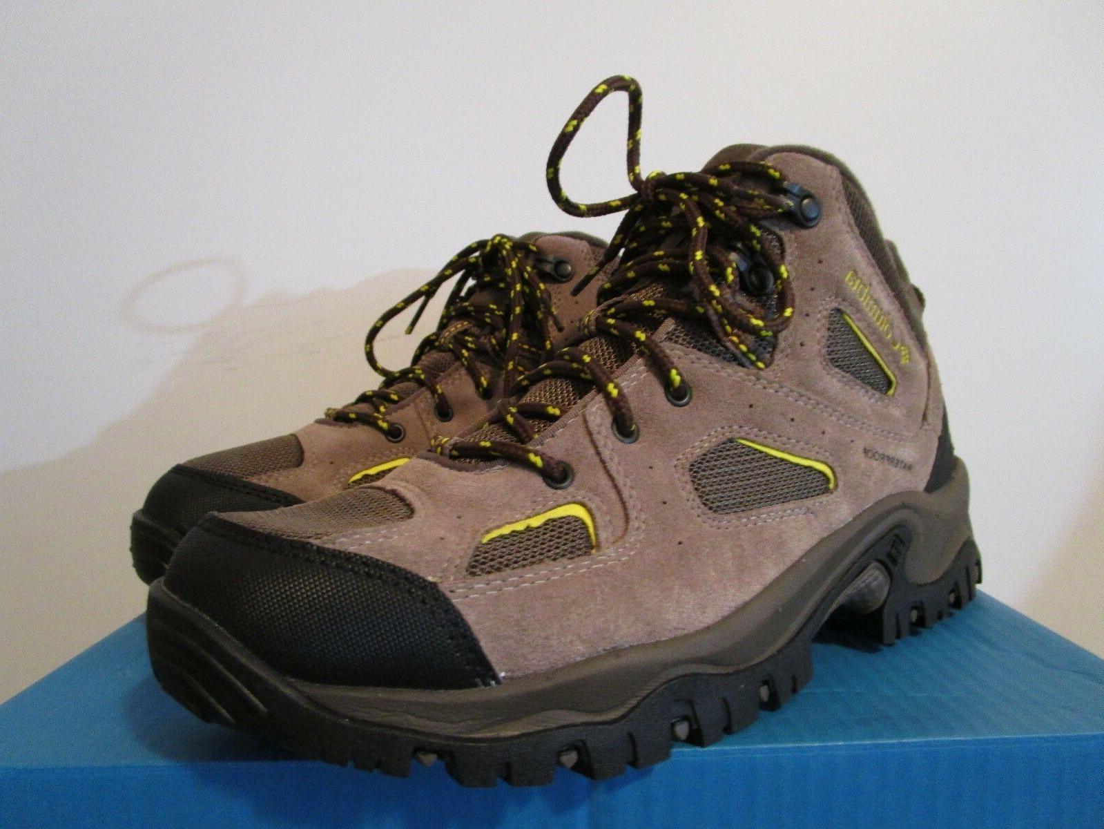 NIB Mens II Hiking Trail Mid Shoes