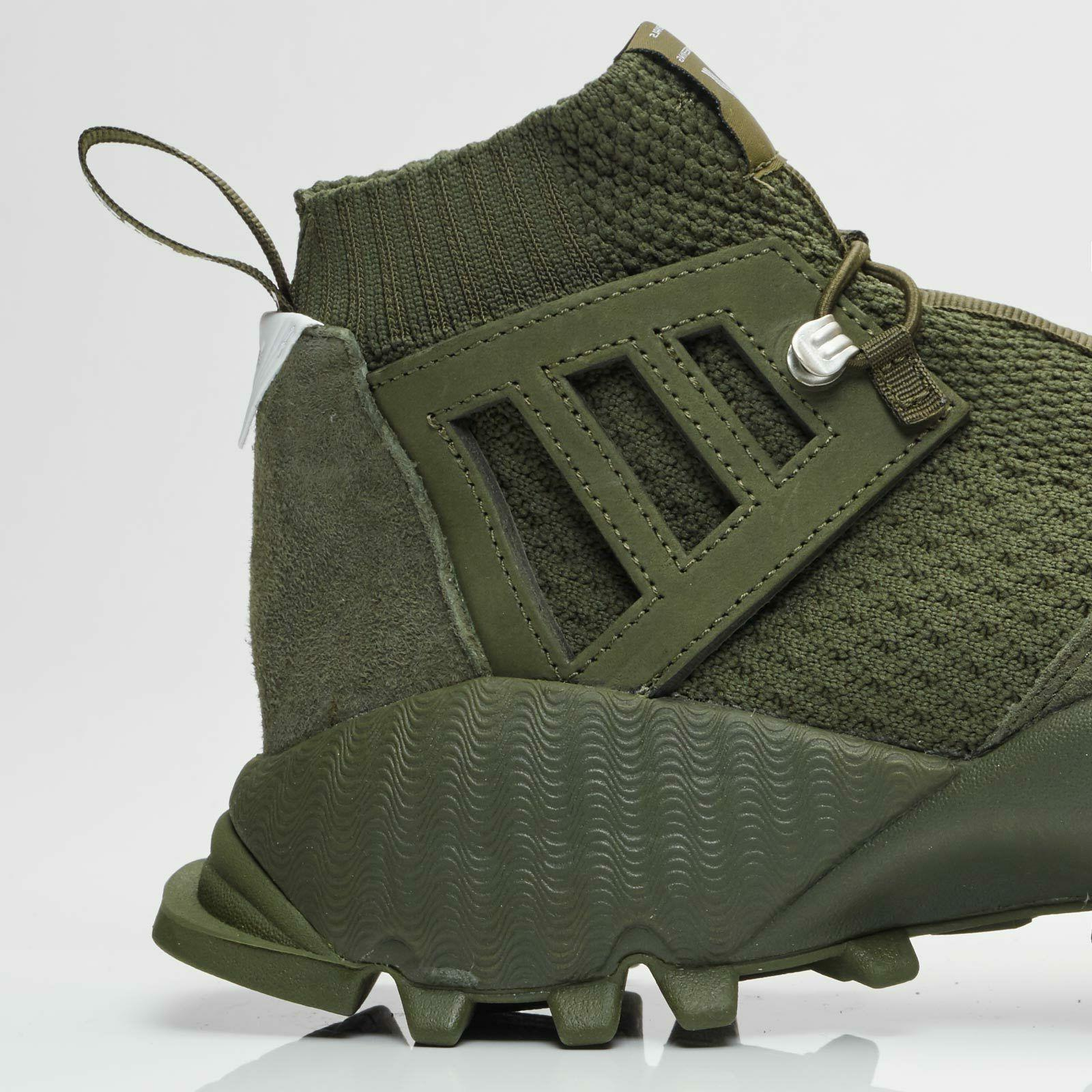 ADIDAS boots 9.5 Shoes Green