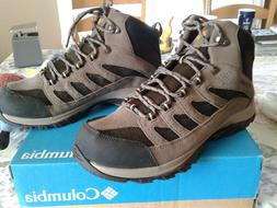 Columbia Men's Crestwood Hiking Boots RUN SMALL size 11 fits