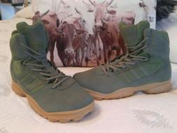 NEW Adidas Mens Traxion  Green Hiking Boots Size 11.5 115384