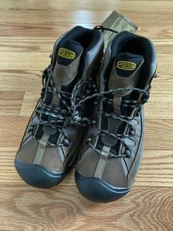 KEEN Men's Targhee II Mid Wide Hiking Shoe, Shiitake/Brindle